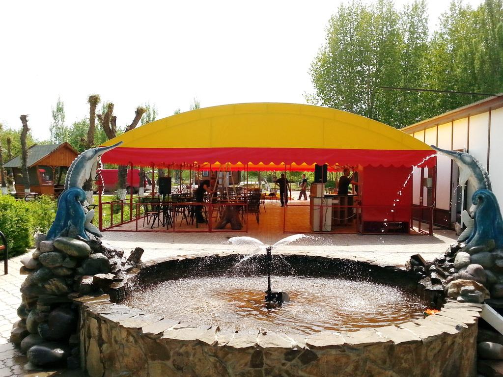 Тент для летнего кафе в Волгограде